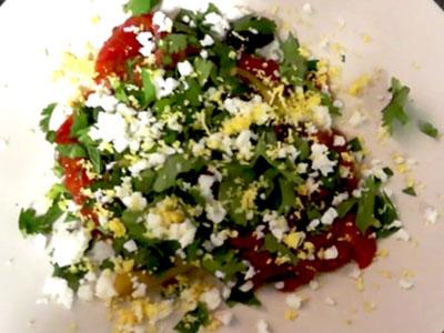 En vidéo : Notre salade Méchouia revisitée par un chef Parisien