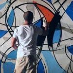 En photos : Le graffiteur El Seed à la Marsa pour la bonne cause