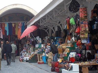 Souk el Fekka, ou le souk des grandes occasions au coeur de la Médina de Tunis