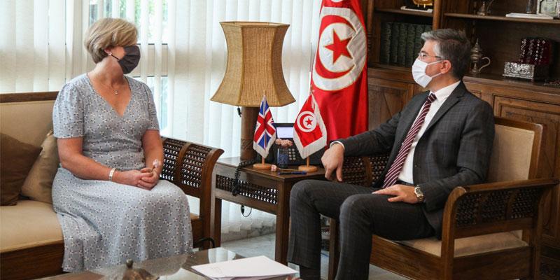 وزير السياحة والصناعات التقليدية يلتقي سفيرة بريطانيا بتونس