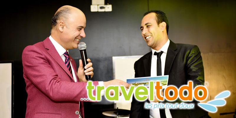 En photos : Dans une ambiance familiale, Traveltodo réunit son équipe autour d'un diner