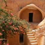 En Photos: 7 Hébergements creusés dans les roches au sud de la Tunisie
