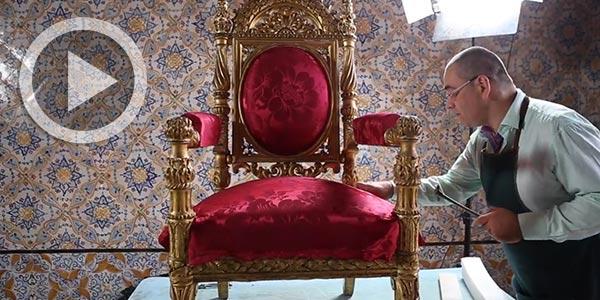 En Vidéo : Restauration du somptueux Fauteuil du trône du palais du Bardo (1846)