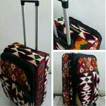 Désormais, le Kilim, en tant que valise, vous accompagne dans vos voyages !