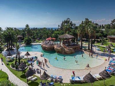 Les Pool Bars les plus séduisants de la Tunisie