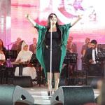 Yosra Mahnouch clôture le Festival de Carthage