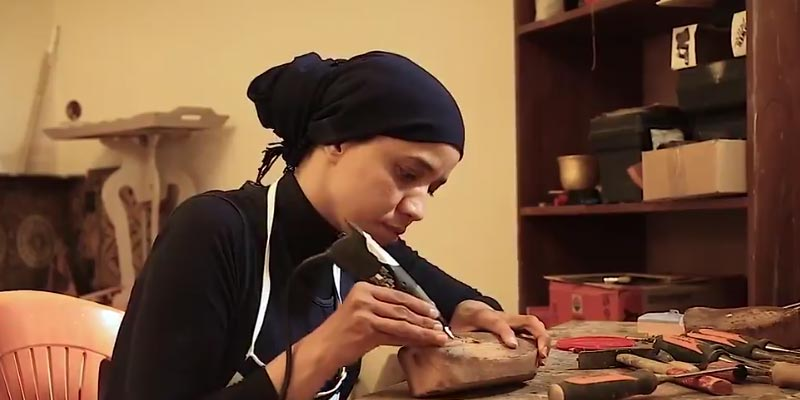Passionnée de design, cette jeune Tunisienne a créé son atelier