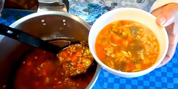 En vidéo : comment préparer La HLALEM, une soupe chaude contre le froid