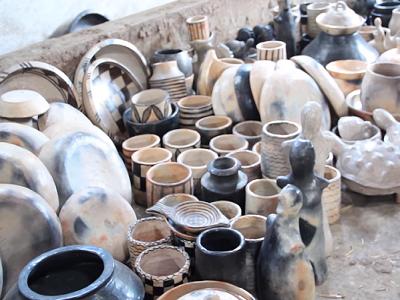 La fabrication de la poterie berbère filmée par Sputnik