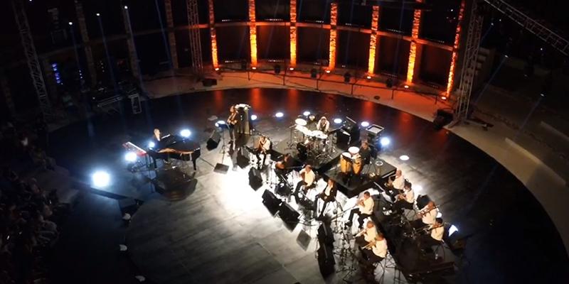 Extrait du concert de Ziad Rahbani au festival de Hammamet