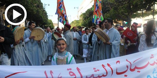 En vidéo : La Aissaouia allume l'ambiance à L'avenue Habib Bourguiba