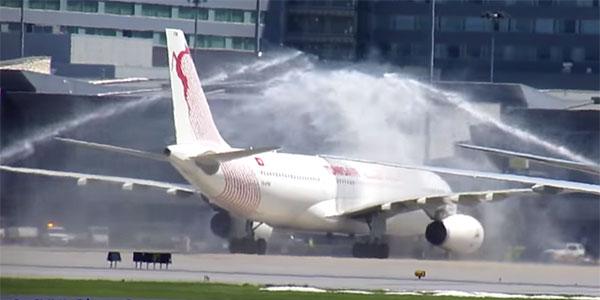 L'atterrissage de Tunisair à Montréal
